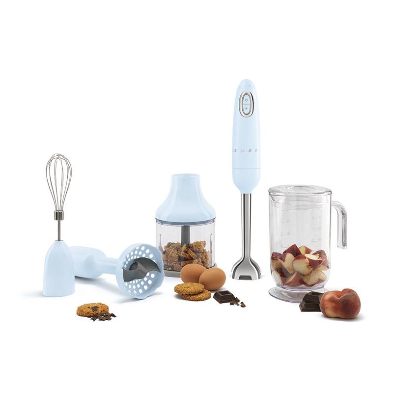 Smeg-hand-blenders-Versatile-allies-for-all-tastes