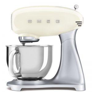 máy trộn đa năng Smeg SMF02CREU màu kem dòng 50's Style 535.43.605